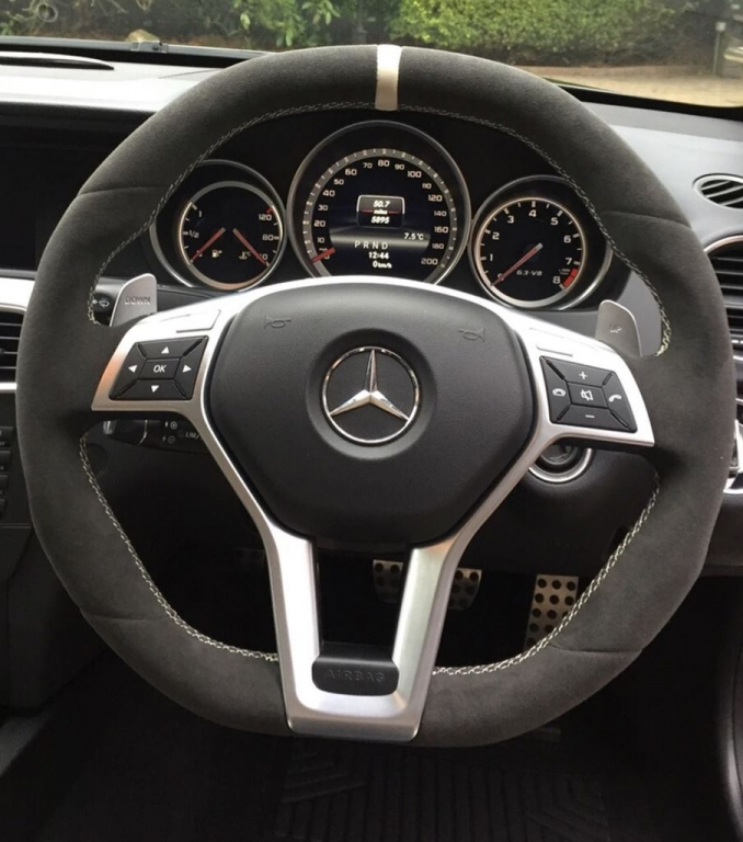 Mercedes benz royal steering wheels for Mercedes benz steering wheel cover