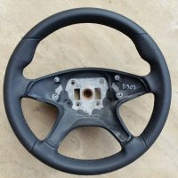 W204 4-spoke - Thicker 2mm, Thumb grips built up, Perforated on sides, nappa top-bottom, black stitching 2