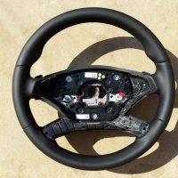 W221 facelift - Thicker, Thumb grips built up, Smooth Nappa leather, Black stitching 1
