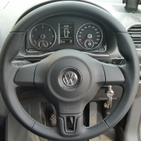 VW Caddy, Polo, Golf VI- slightly thicker, Thumb grips built up, Smooth leather, Mid grey 415 stitching 1