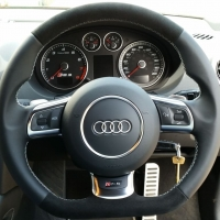 RS3 2012 with paddles - Nappa leather sides, black alcantara topbottom, silver stitching 1