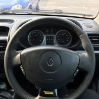 Clio sport 172,182 after - Thumbs re-built, Perforated leather on sides, Smooth top-bototm, Dark gray 416 stitching