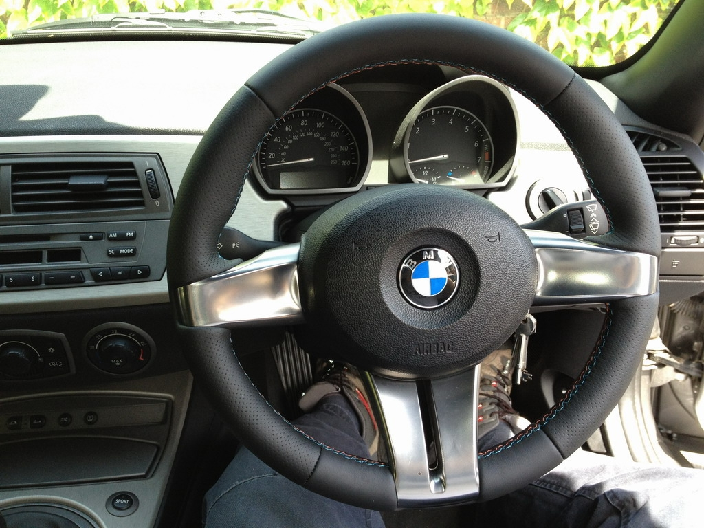 Z4m Steering Wheel Can It Be Used On An Auto Z4 Forum Com